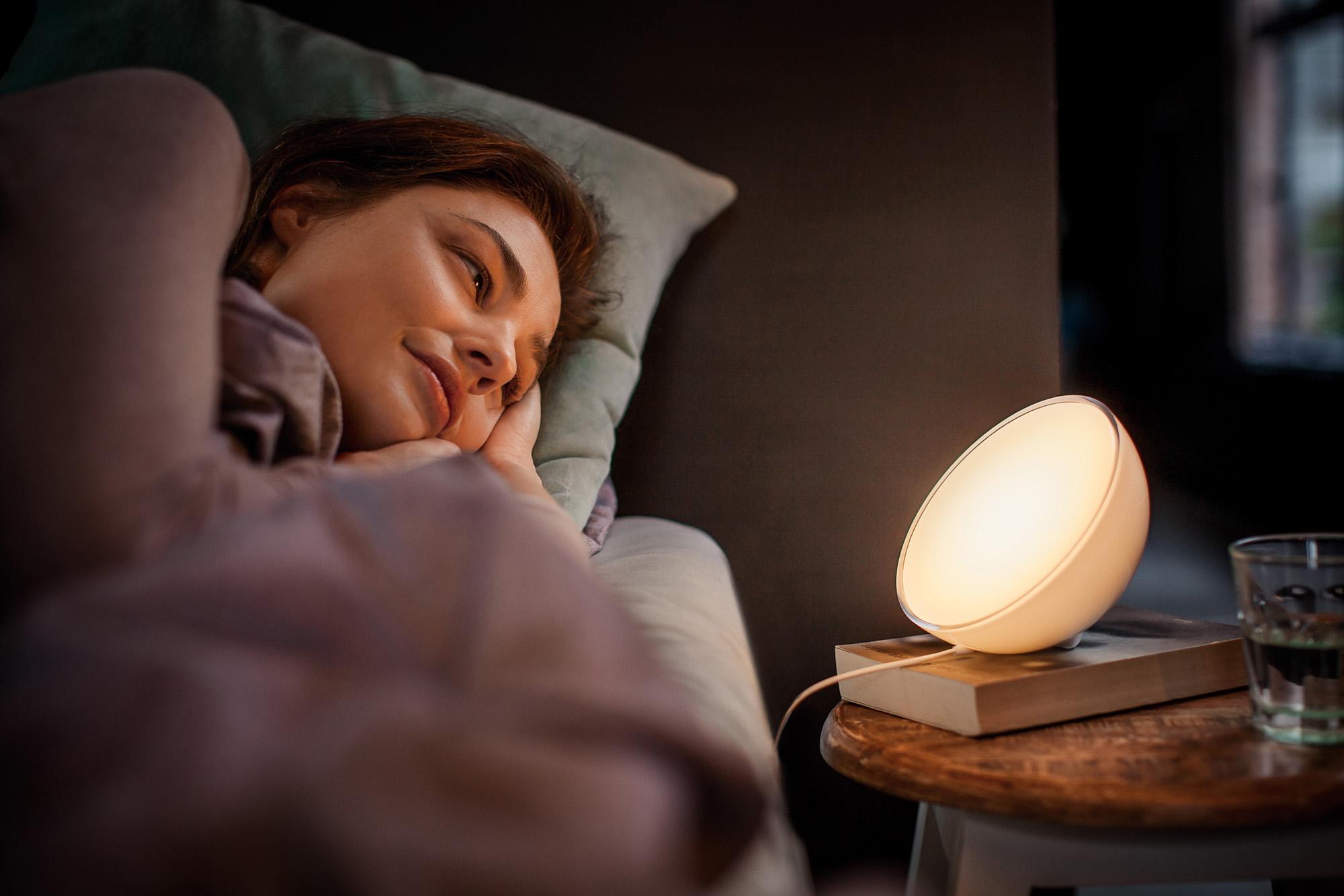 Nova luminária portátil da linha Philips Hue cria experiências personalizadas