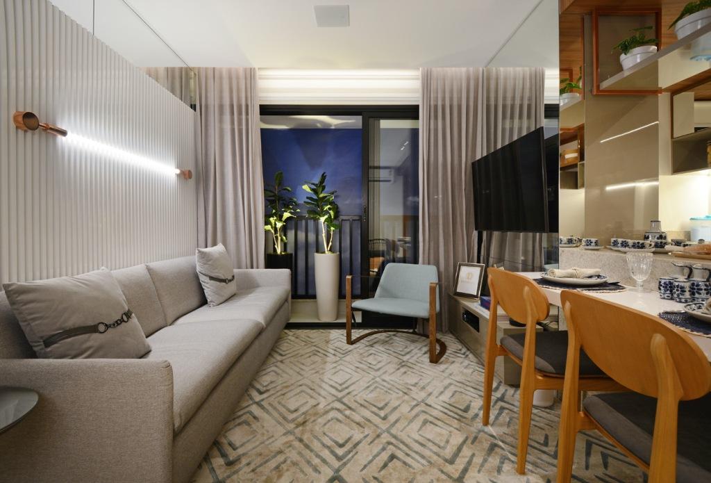 No decorado de 69 m² do Moove Home Brasal vasos grandes com plantas garantem o aconchego - Marcus Camargo
